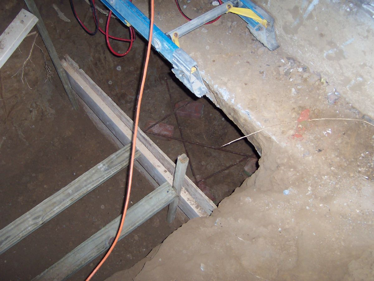 [112]ConcreteUnderpins(2).JPG